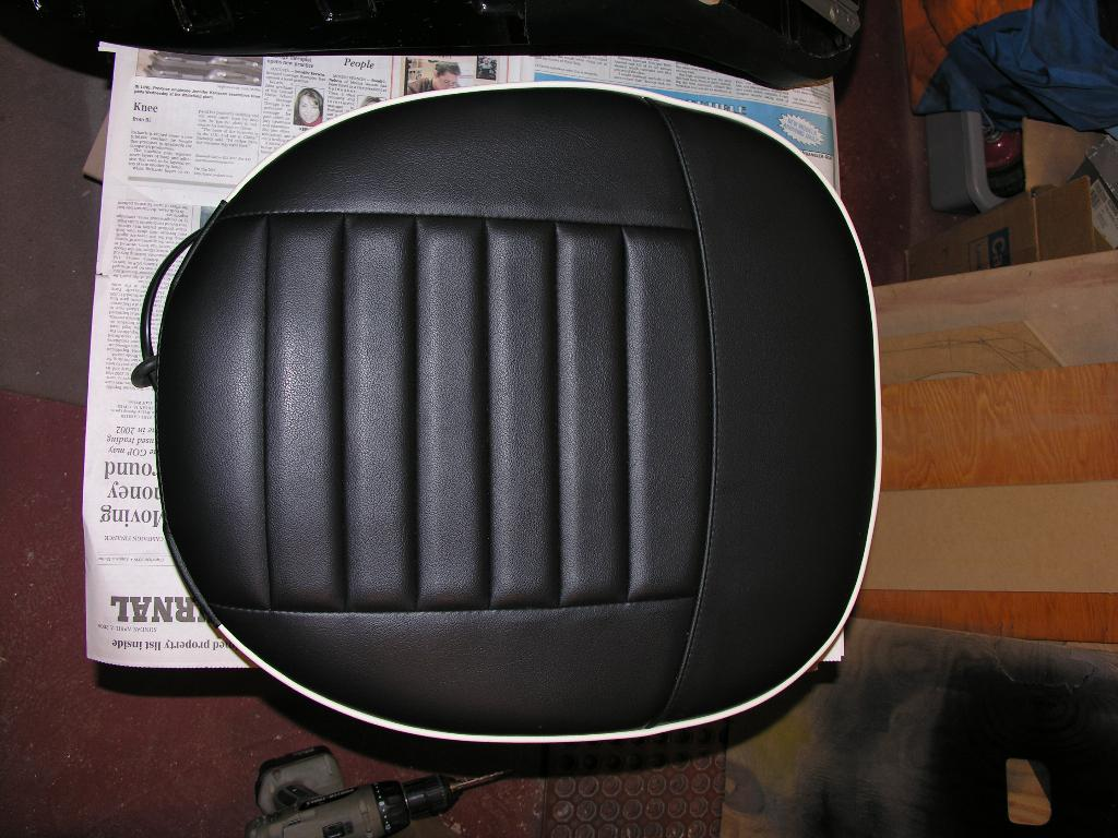 Vinyl Vs Leather Trf Moss Seat Covers Tr6 Tech